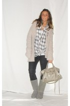gray Zara sweater - gray Zara leggings - white Zara shirt - gray Ugg boots - sil