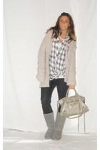 gray Zara sweater - gray Zara leggings - white Zara shirt - gray Ugg boots - sil
