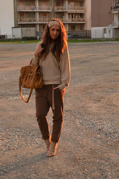 bronze bag BLANCO bag - camel Zara sweater - camel wedges BLANCO wedges