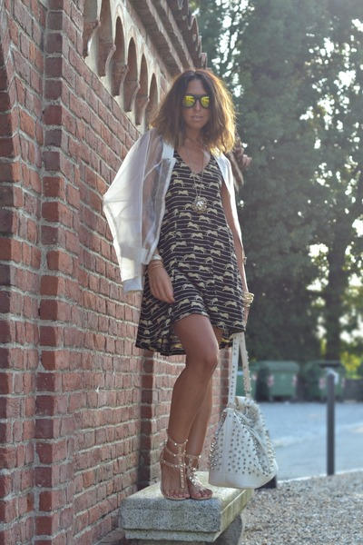 H&M dress - OASAP jacket - MIABAG bag - Vans sunglasses - WOAKAO sandals