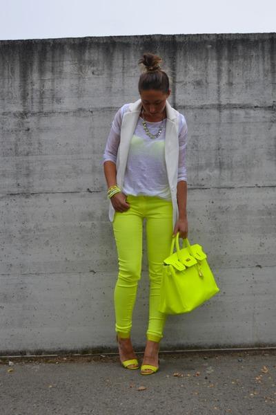 f218f38647d yellow no brand bag - yellow H M shoes - white romwe blazer - yellow H M  pants