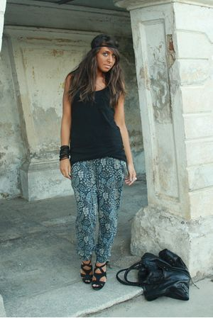 black H&M shirt - blue Zara pants - black Zara shoes - black balenciaga purse -