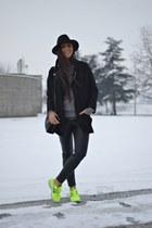 black Zara coat - black H&M hat - black Zara bag - black H&M pants