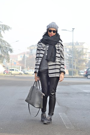 gray Bershka jacket - charcoal gray Bershka man scarf - heather gray Bershka top