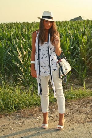 white H&amp;M shirt - white Zara pants - blue no brand scarf - white made in italy s