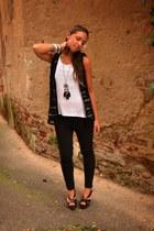 black crochet vest vintage vest - black skinny Zara pants