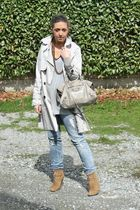 beige Zara jacket - gray H&M jeans - beige Zara shoes - gray H&M shirt - gold vi