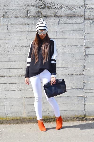 black Zara sweater - gold Betty London boots - white asos hat - black Zara bag
