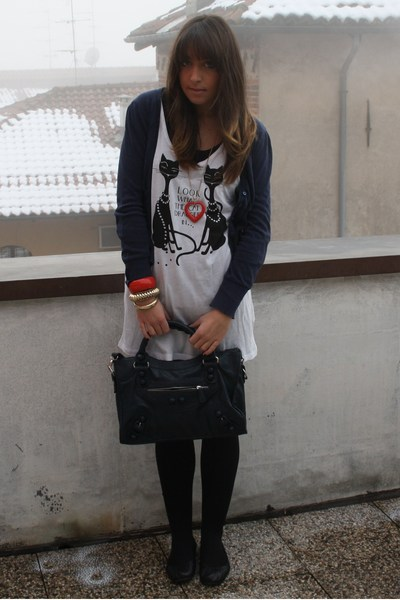 blue vintage bag - black flats Zara shoes - white long dress H&M dress