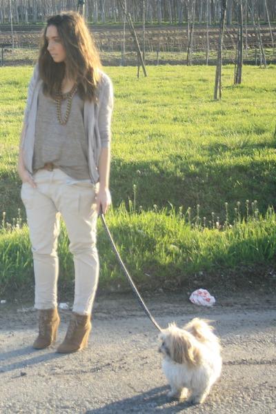 beige my favourite Zara shoes - beige glitter shirt Zara shirt