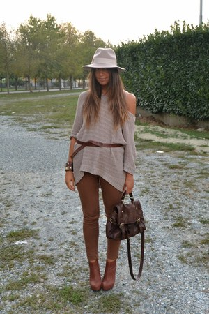 brown pants H&M pants - eggshell hat Topshop hat - eggshell sweater H&M sweater