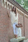 Cream-zara-jacket-brown-vintage-bag-cream-matildaitalian-brand-blouse