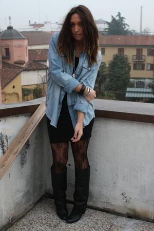black basic shirt H&M top - black leather boots Zara boots