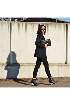 black Zara blazer - black Bershka bag - blue asos sunglasses