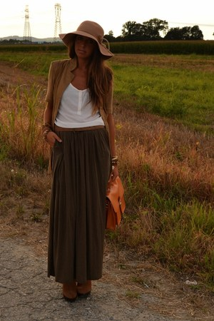 brown maxi-skirt Zara skirt - brown boots Urban Outfitters boots