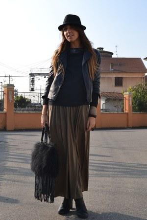 black boots H&M boots - black hat H&M Man hat - black leather jacket Zara jacket