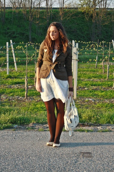 brown H&amp;M jeans - beige Zara dress - brown Calzedonia tights - beige H&amp;M shoes -