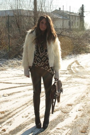 brown H&M sweater - ivory Topshop coat - dark brown asos bag