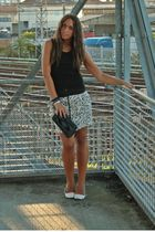 black H&M top - white Zara skirt - black Zara purse - white viamaestra shoes - b