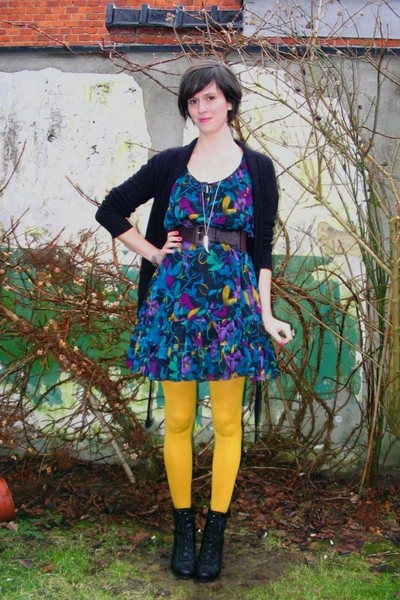 blue dress - black boots - yellow tights - black cardigan - silver necklace