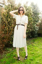 ivory dress - cream tights - dark brown clogs