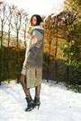 Heather-gray-dress-dark-gray-cardigan-black-boots-black-tights-tan-scarf