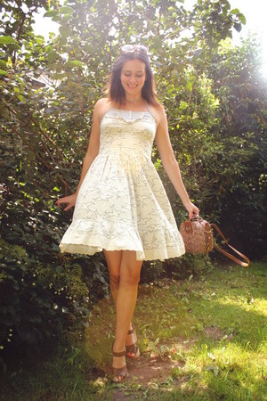 cream dress - brown accessories