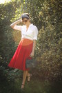 White-shirt-red-skirt-black-accessories