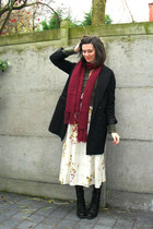 cream dress - maroon scarf - army green cardigan - black boots - black coat - bl