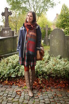 brown boots - navy coat - burnt orange tights - crimson skirt