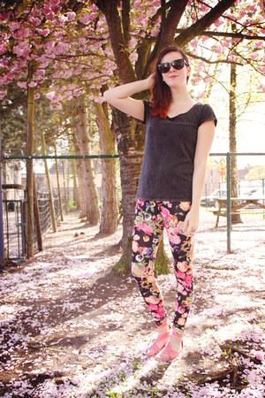bubble gum leggings