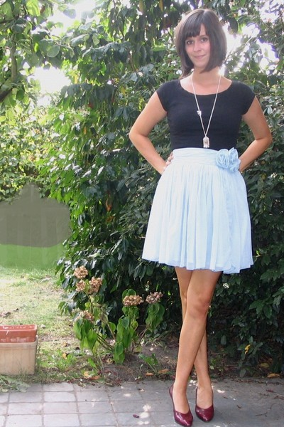 H&M top - H&M skirt - vintage shoes - various accessories