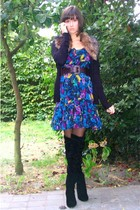 black faux fur collar h&m vest - black Sacha boots - blue H&M dress