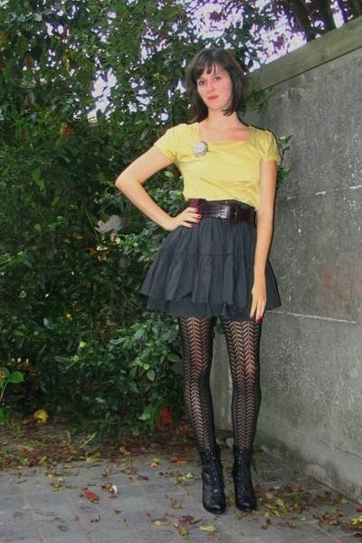 COS dress - H&M skirt - Pimkie belt - tights - Pimkie boots - H&M accessories