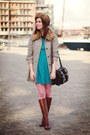 Dark-brown-boots-turquoise-blue-dress-heather-gray-coat-bubble-gum-tights