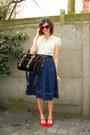 Navy-skirt-red-flats