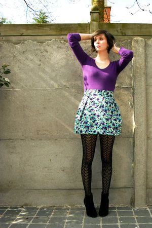 purple top - black boots - black tights - blue skirt