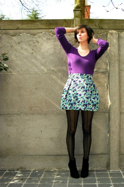 Purple Tights with Skirts