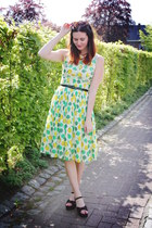 lime green dress - black accessories