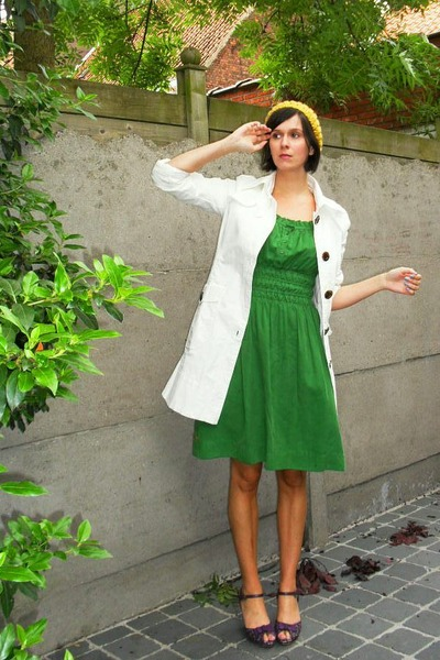 yellow hat - purple shoes - green dress - white coat