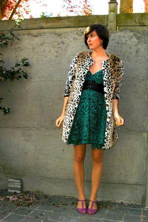 green dress - beige tights - brown cardigan - purple shoes - black coat