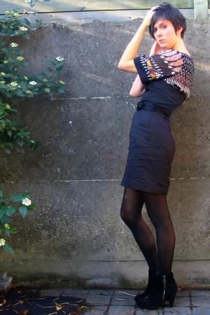 dress - blouse - belt - boots - accessories