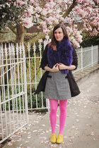 bubble gum tights - gold shoes - navy scarf
