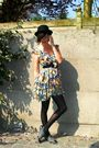 Black-hat-yellow-dress-black-tights-gray-shoes-black-belt-black-coat
