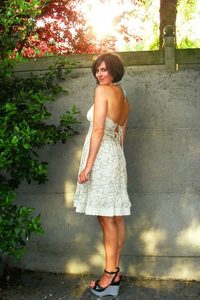 white new look dress - black sac danvers shoes