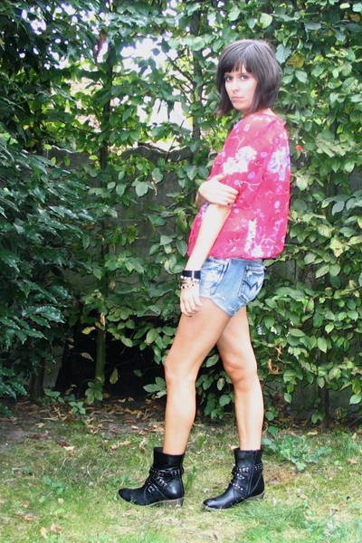 H&M blouse - second hand shorts - dont remember boots