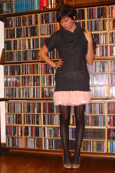 sweater - skirt - tights - shoes