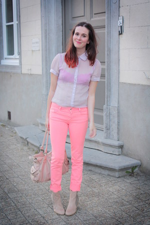 salmon pants - light pink blouse