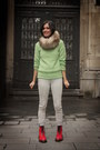 Lime-green-sweater-red-boots-off-white-pants