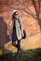 navy dress - dark brown boots - tan coat - ivory hat